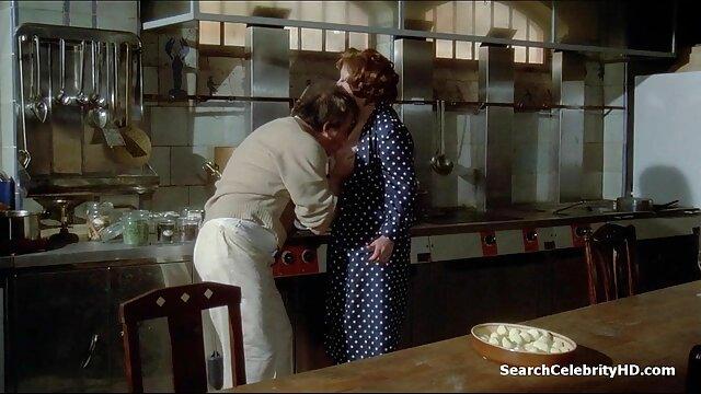 سكس بدون تسجيل  عبودية سكسي اجنبي رومانسي الجنس مع titted العاهرة